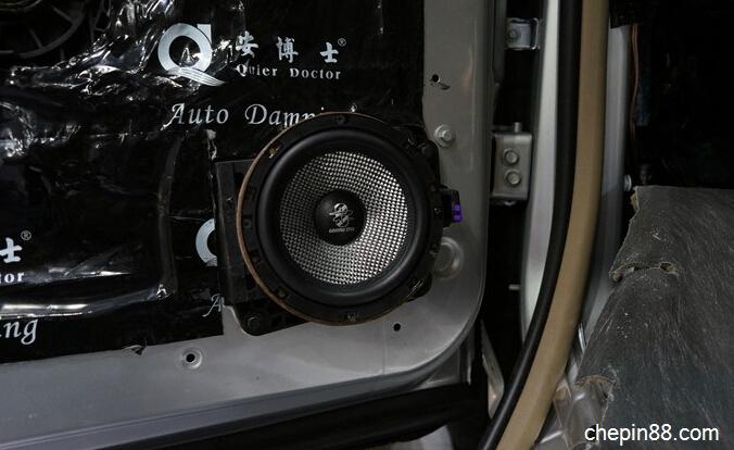 别克商务车GL8改音响做隔音 体验新车改装生活