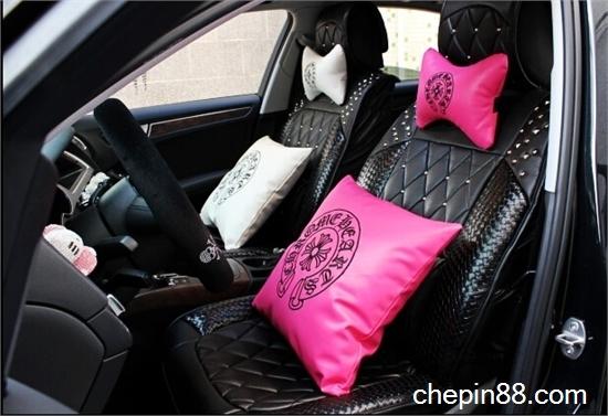 个性汽车抱枕 给你舒适的车内环境图片