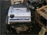 销售日产A33发动机,活塞连杆,波箱,三元催化器,汽油泵等原装拆车件